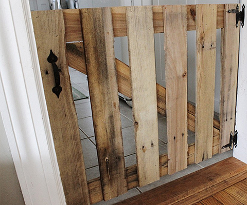 13 diy dog gate ideas spartadog blog for Diy fence gate designs