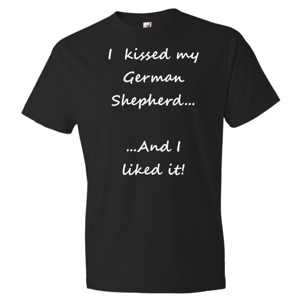 Source: https://www.spartadog.com/products/kissed-my-german-shepherd-t-shirt